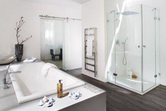 duschkabinen markenqualit t in wunschgr en glas centro gmbh. Black Bedroom Furniture Sets. Home Design Ideas